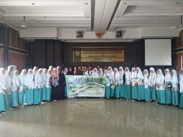 Study Tour Sekolah Menengah Kejuruan Islam Insan Cendikia Jurusan Keperawatan Tahun Ajaran 2018/2019