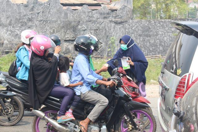 Kabut Asap! STIK Muhammadiyah Pontianak Peduli.
